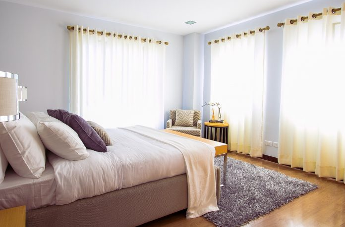 Collection of Mattress Buyer's Guides