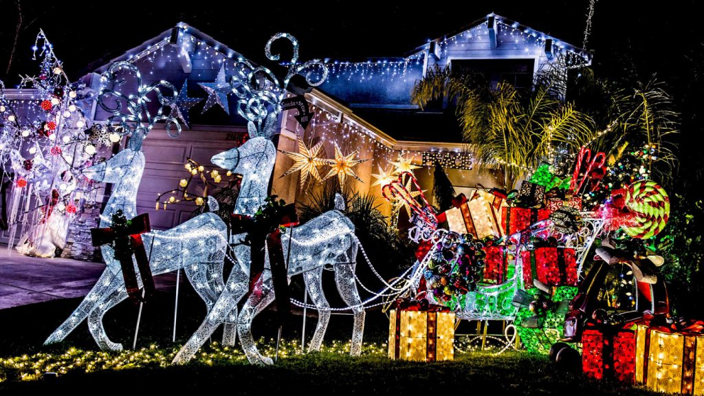 Holiday Lane annual lights and decoration competition 2019